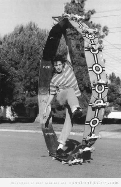 Porque patinar sobre un solo skate es demasiado mainstream es mejor