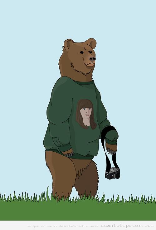 Dibujo curioso de un oso hipster fotógrafo con sudadera con cara de chica