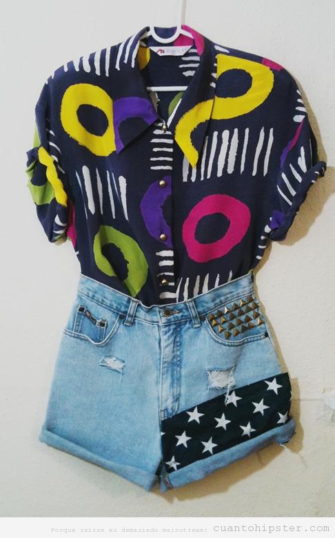 Look hipster vintage para chica con camisa y short