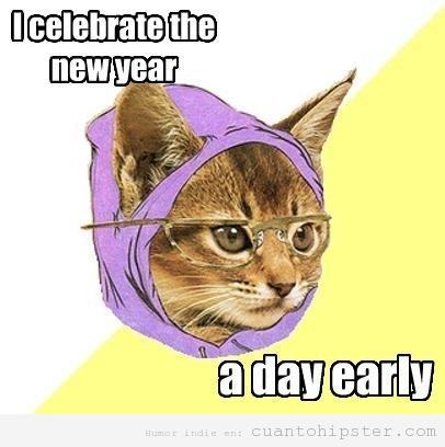 Meme d ela gata hipster, celebra año nuevo un día antes