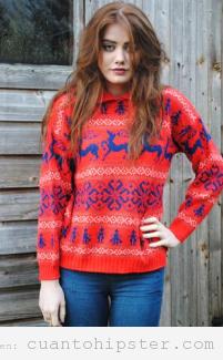 Imagen de una chica con look hipster de invierno