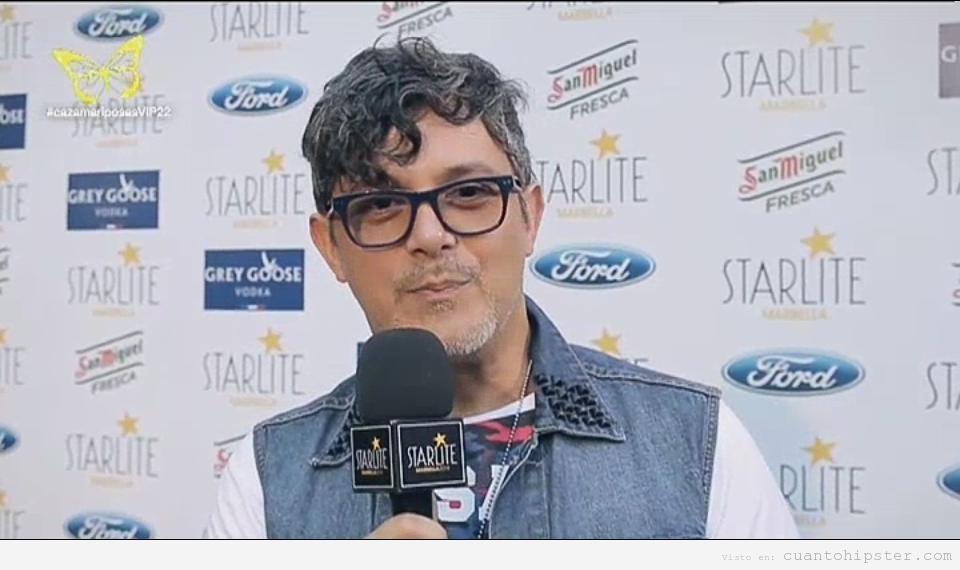 Alejandro Sanz look hipster en Starlite