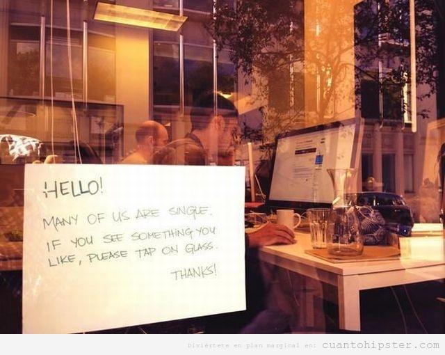 Foto graciosa grupo chicos coworking y para ligar