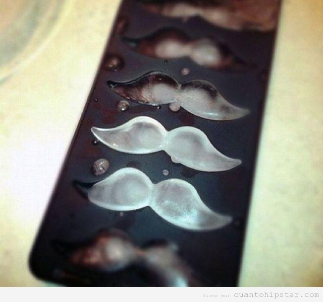 Cubitos hielo forma bigote