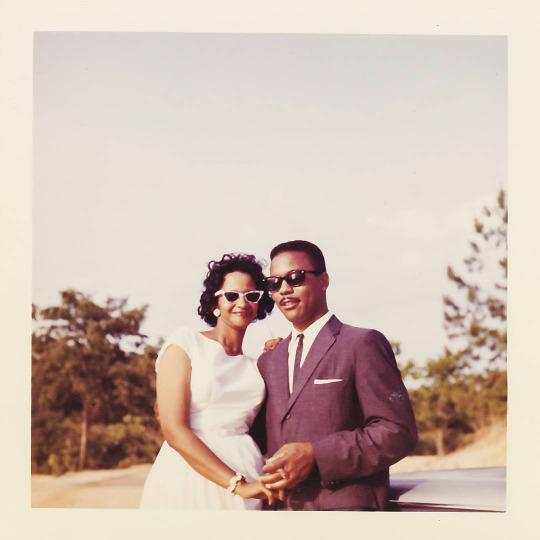 Fotos padres hipsters en su boda