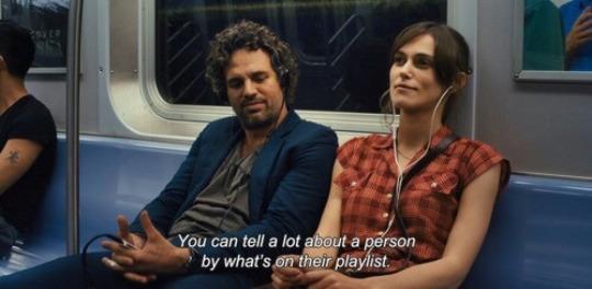 Frame Begin Again escuchar música en el metro