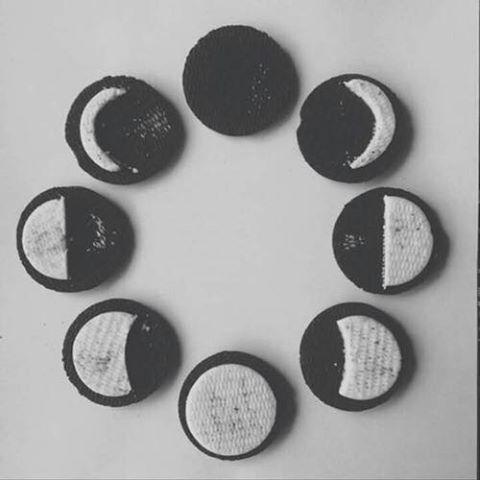 Las fases lunares con galletas oreo cu nto hipster for Fases de la luna hoy