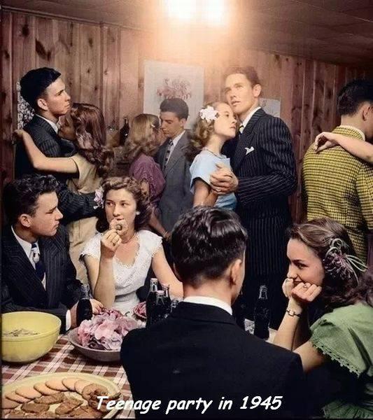 Fiesta de adolescentes en 1945