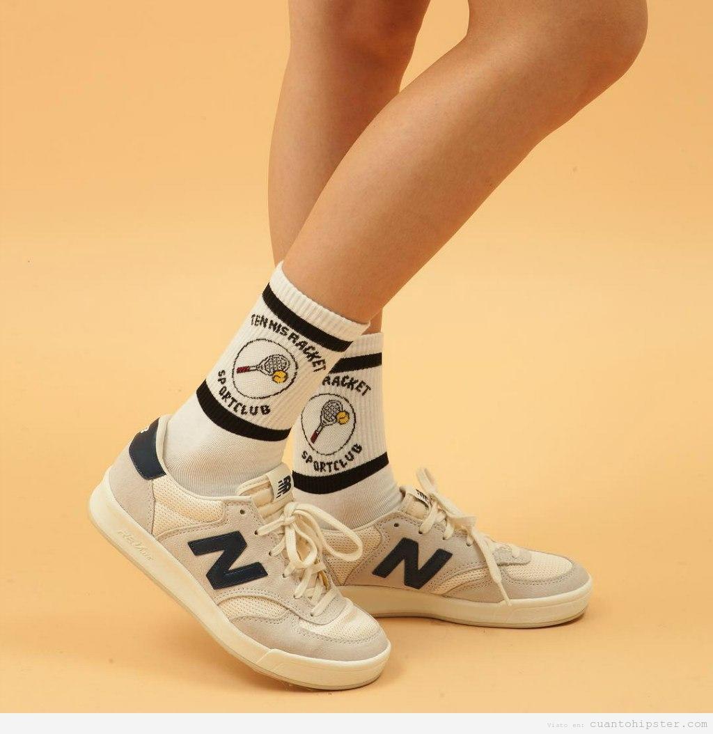 Ropa deporte estilo hipster, calcetines raquetas