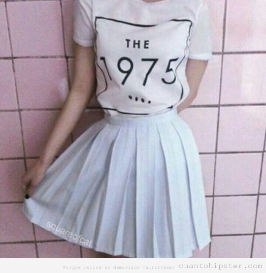 Camiseta look hipster The 1975