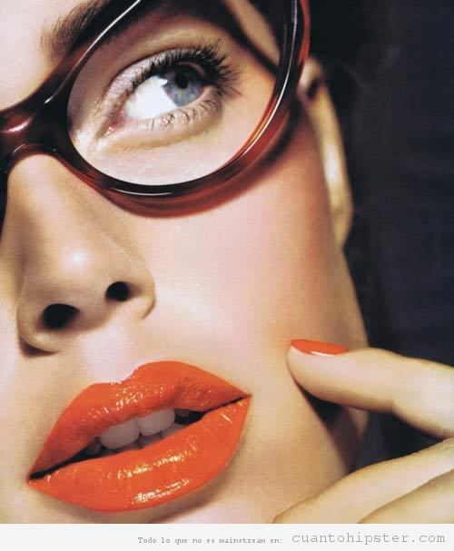 Labios hipster naranja