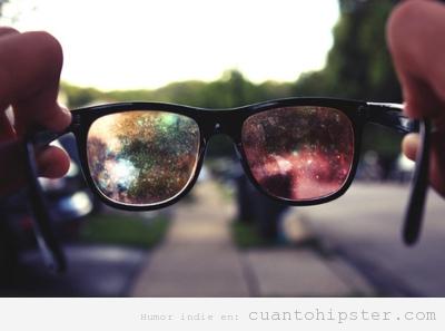 Gafas con cristales de  cosmos para que veas el mundo como un hipster