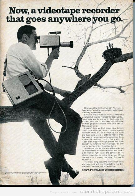 Anuncio retro de una cámara de vídeo portátil y de uso doméstico