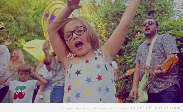 Candela, primera estrella infantil hipster o indie
