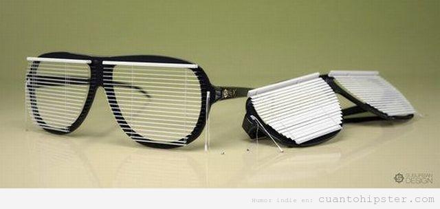 Gafas de pasta hipster con persianas de oficina