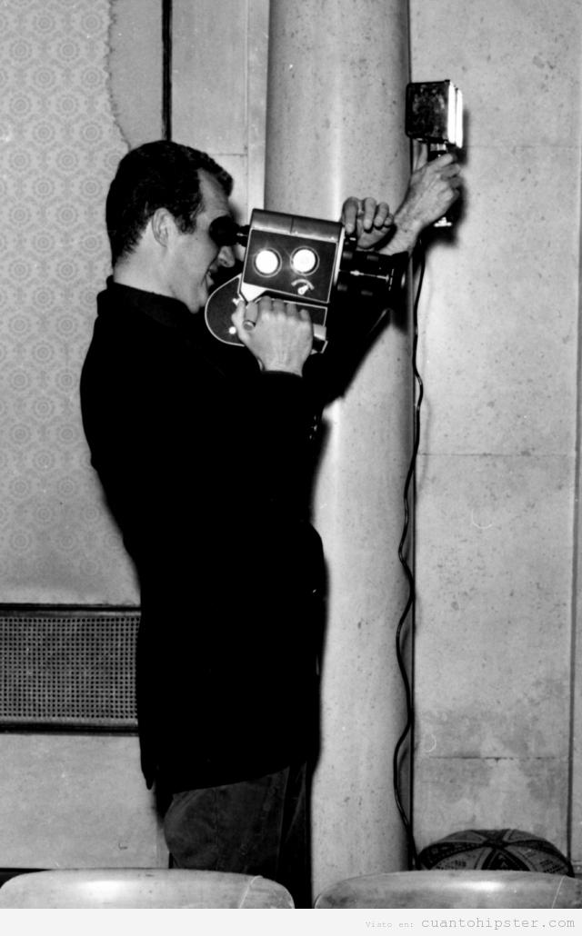 Rey de España filmando con una cámara super 8