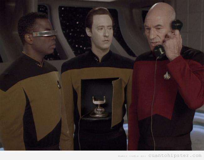 Picard de Star Trek usaba un Teléfono Android antes de que fuese cool