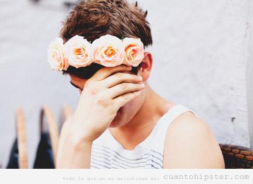 Chico indie con corona de flores Lana del Rey