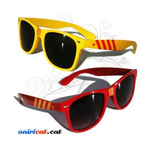 Gafas de sol para hipster independentistas catalanes con la estelada