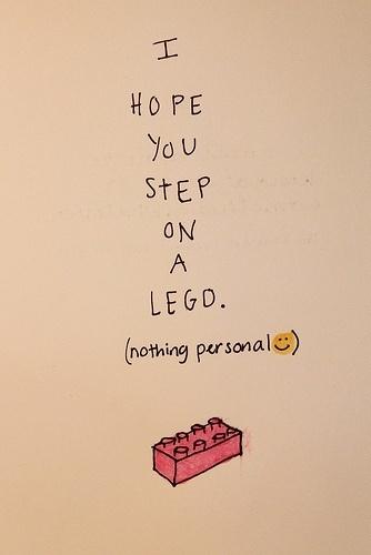 Maldición moderna, espero que pises una pieza Lego