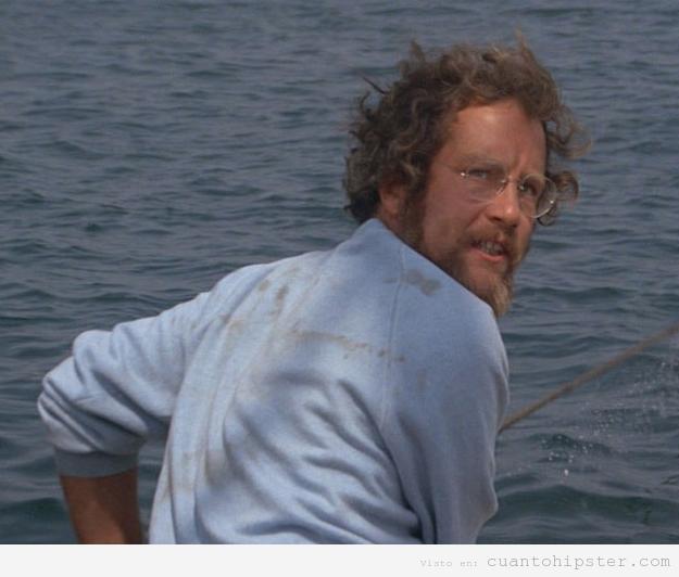 Richard Dreyfuss en Tiburón con look hipster