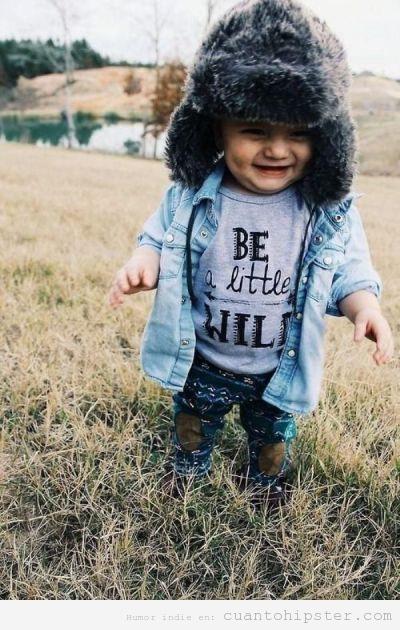 Imagen bonita bebé vestido hipster