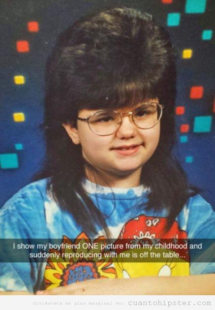 Foto niña con look hipster en los años 80