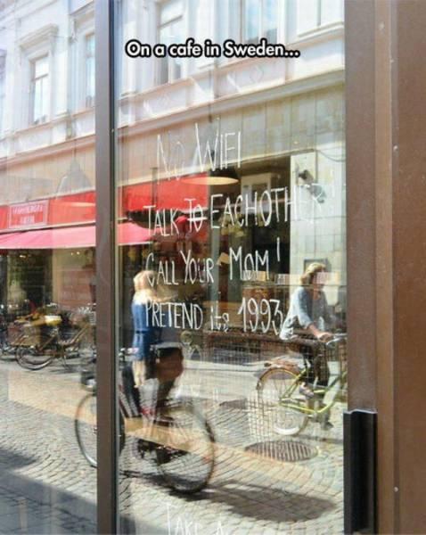 Cafetería hipster sin wifi, como en los años 90