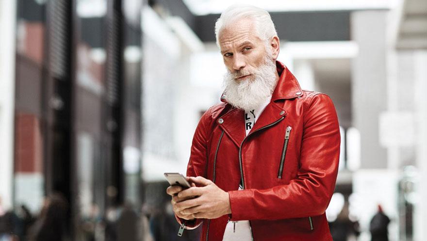 Sexy Santa Claus con look hipster 2