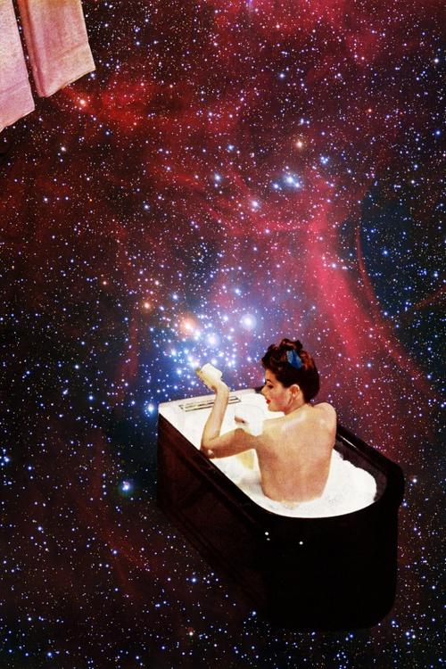 Fotomontaje hipster, tomar un baño en una nebulosa