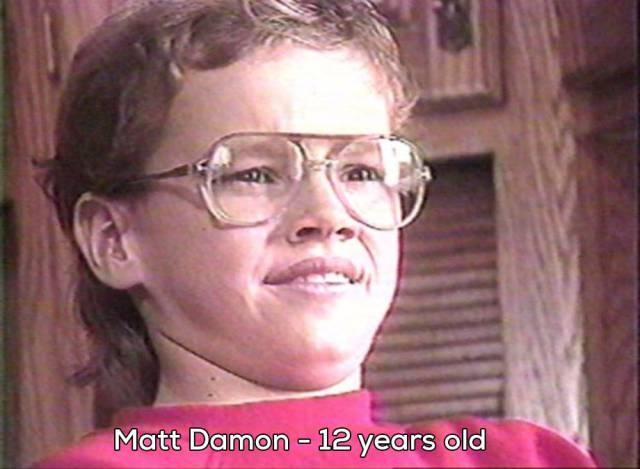Mat Damon de pequeño con gafas hipsters de señora mayor