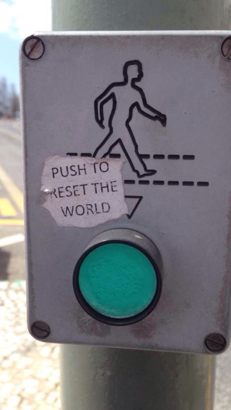 Botón semáforo resetear el mundo
