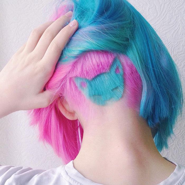 Peinado hipster, pelo de colores con forma de gato rapada