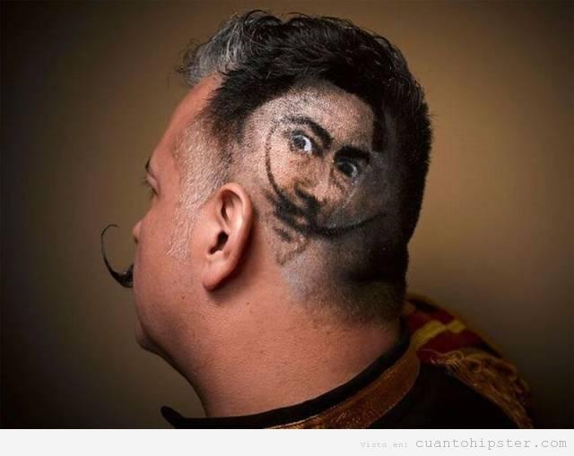 Cara de Dalí rapada en el peinado hipster